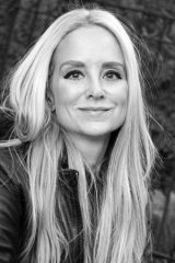 Falmouth Jewish Congregation Hosts Novelist JennaBlum